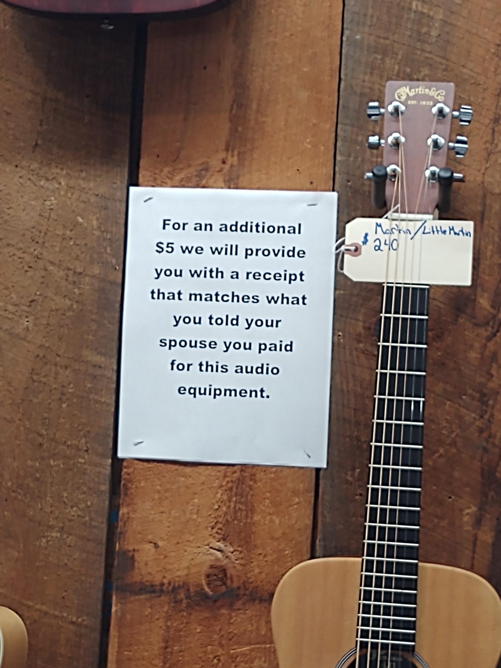 Yes honey I paid 15$ for this guitar