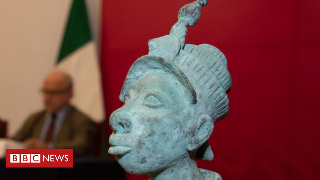 Mexico returns ancient bronze sculpture to Nigeria