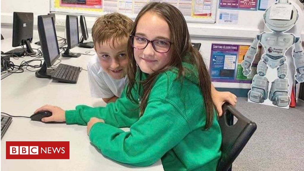 Pupils 'scared and anxious' about school closures
